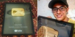 Carry Minati with his gold play button